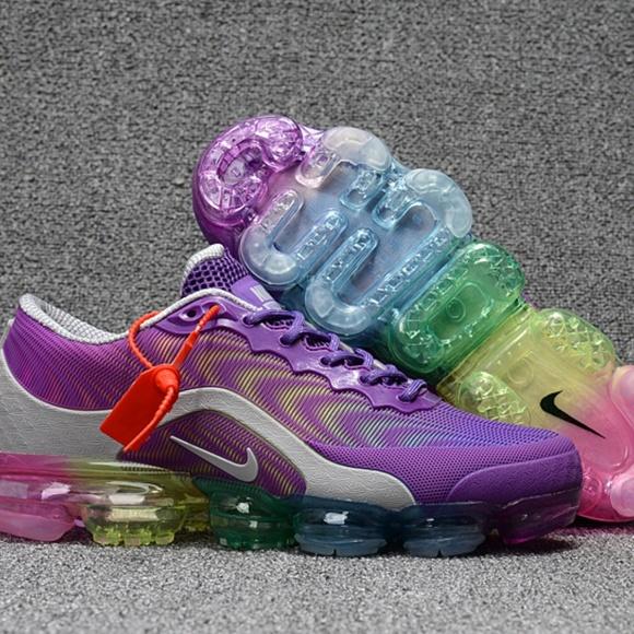 Nike Shoes - Nike Air VaporMax